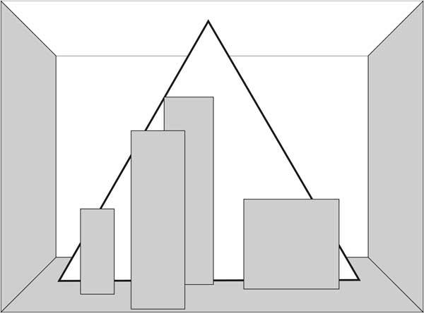Pyramidenaufbau im Schaufenster